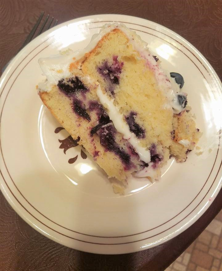 lemon blueberry cake slice2